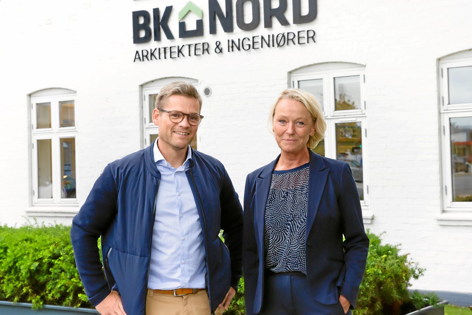 En kommende og en afgående adm. direktør for BK Nord: René M. Larsen overtager posten den 1. oktober efter Bente Søgaard, som i stedet bliver brand- og konstruktionschef. Foto: BK Nord