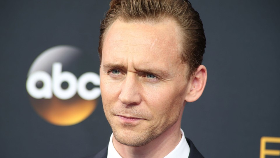 Actor Tom Hiddleston arrives at the 68th Primetime Emmy Awards in Los Angeles, California Foto: Reuters/Lucy Nicholson