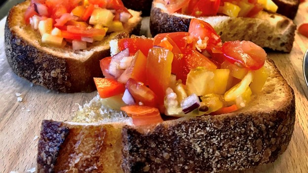 Bruschetta topping med ananas. Foto: Victoria Vinther Skibsted