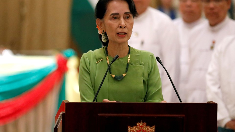 Myanmar State Counselor Aung San Suu Kyi talks during a news conference with India''s Prime Minister Narendra Modi in Naypyitaw Foto: Reuters/Soe Zeya Tun