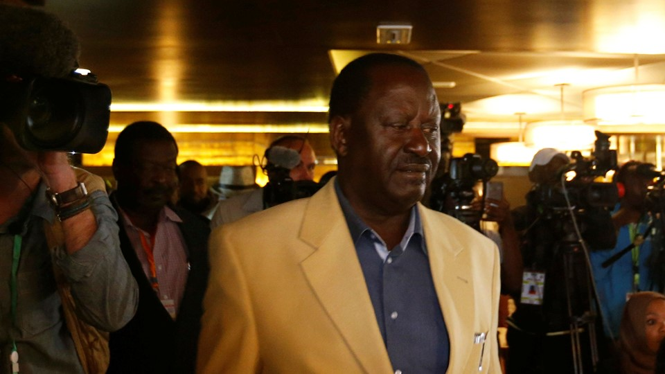 Kenyan opposition leader Raila Odinga, the presidential candidate of the National Super Alliance (NASA) coalition, arrives for a news conference in Nairobi Foto: Reuters/Thomas Mukoya/arkiv