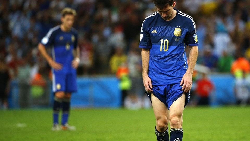 Argentina's Lionel Messi reacts after the whistle after extra time in the 2014 World Cup final between Germany and Argentina at the Maracana stadium Foto: Reuters/Damir Sagolj