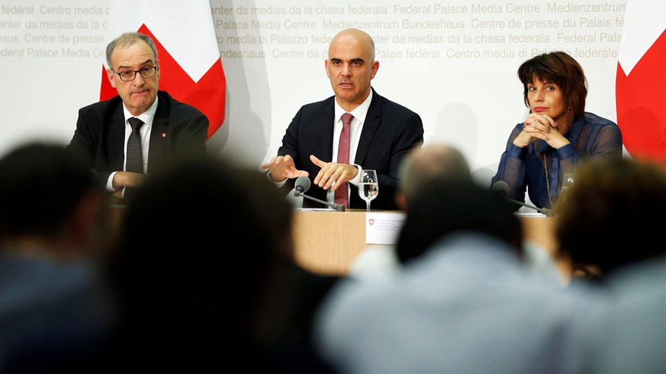 Swiss Defence Minister Parmelin, Interior Minister Berset and Energy Minister Leuthard attend a news conference in Bern Foto: Reuters/Ruben Sprich