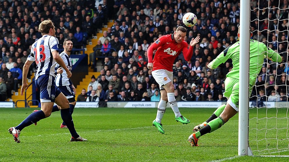 Wayne Rooney åbner scoringen for United. Foto: Scanpix