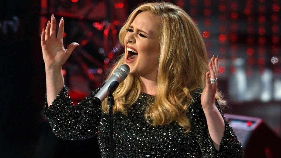 File photo of British singer Adele performing the song Foto: Reuters/Mario Anzuoni