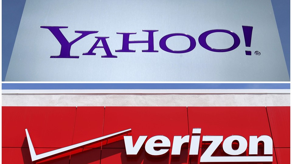 A combination photo of Yahoo logo in Rolle Switzerland and a Verizon sign in San Diego California Foto: Reuters/Denis Balibouse