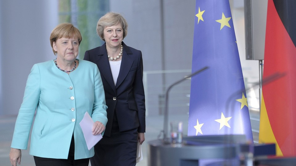 German Chancellor Merkel and British Prime Minister May attend news conference in Berlin Foto: Reuters/Stafanie Loos